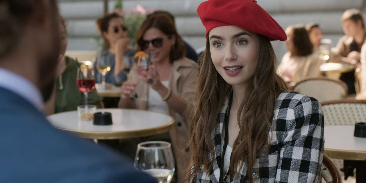 Emily in Paris: la recensione della serie con Lily Collins ispirata a Sex and The City